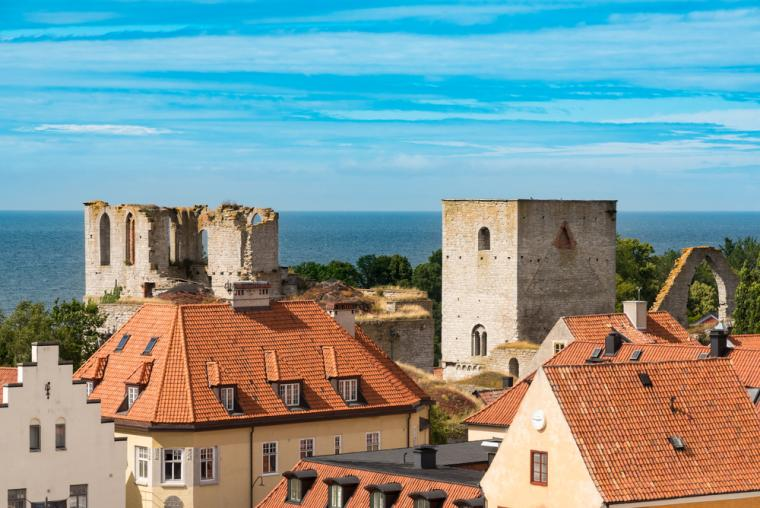 Rent accommodation in beautiful Visby on Gotland - holiday cottages in Sweden